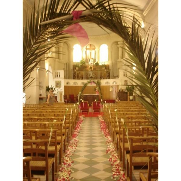 D coration d eglise stessy fleurs for Decoration eglise